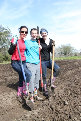 Three Food and Justice team members from the 2013 program.